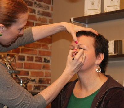 Cancer Connect Pampering day for moms at Emily Alice