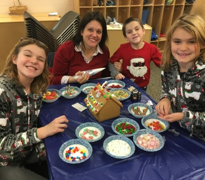Connect and Remember Gingerbread Houses 2019